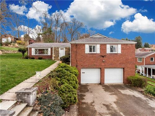Photo of 561 Rolling Green Drive, BETHEL PARK, PA 15102 (MLS # 1389706)