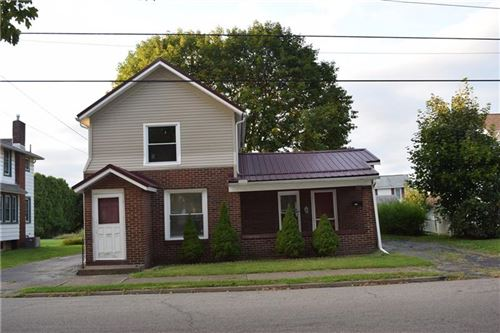 Photo of 1110 W Main St, Sharpsville, PA 16150 (MLS # 1417808)