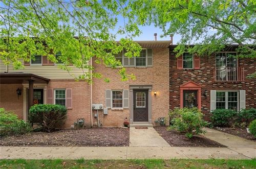 Photo of 609 Westchester Dr, McCandless, PA 15090 (MLS # 1522964)