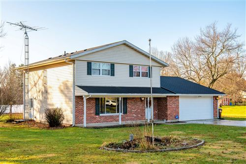 Photo of 3801 Westcliff Court, Springfield, OH 45502 (MLS # 1000031)