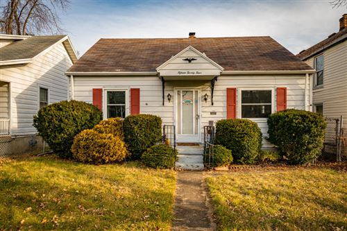 Photo of 1524 Watervliet Avenue, Dayton, OH 45420 (MLS # 1008054)