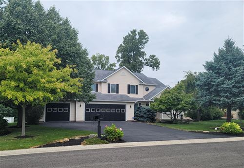 Photo of 1121 Lost Creek Drive, Bellefontaine, OH 43311 (MLS # 1013301)