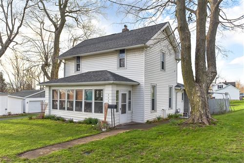 Photo of 543 Center Avenue, Bellefontaine, OH 43311 (MLS # 1002402)