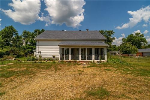Photo of 4024 E National Road, Springfield, OH 45505 (MLS # 1000499)