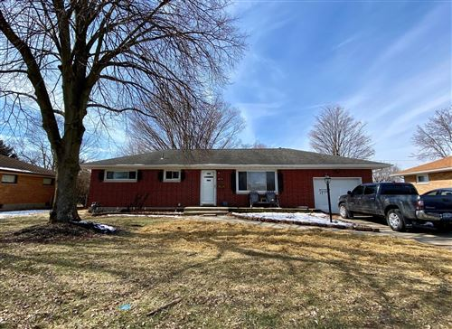 Photo of 4835 Middle Urbana Road, Springfield, OH 45503 (MLS # 1001504)