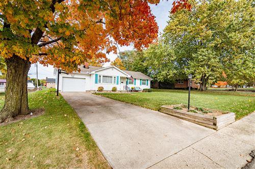 Photo of 874 Crescent Drive, Urbana, OH 43078 (MLS # 1006572)
