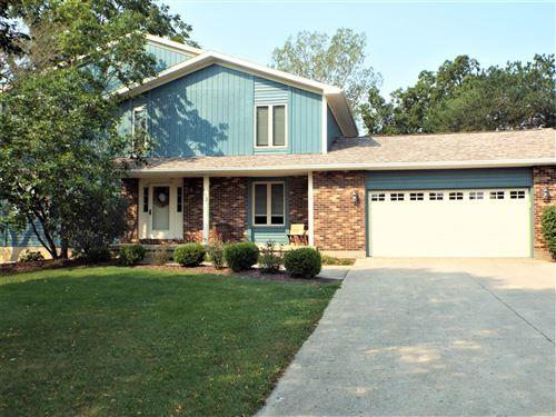 Photo of 103 Meadowbrook Lane, Saint Marys, OH 45885 (MLS # 1013703)