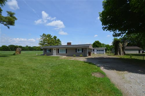 Photo of 3580 Upper Valley, Springfield, OH 45502 (MLS # 1003741)