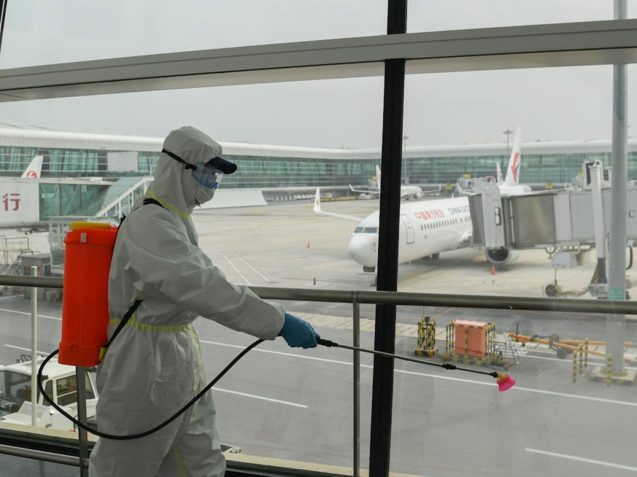 Airport cleaning Wuhan