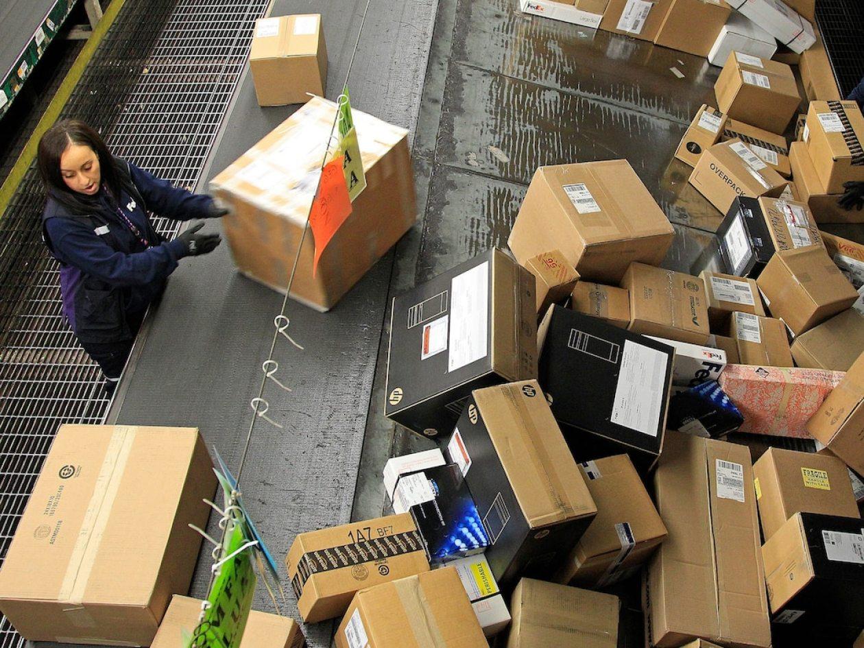 FedEx packages