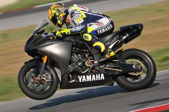Image result for rossi with yzf-r1