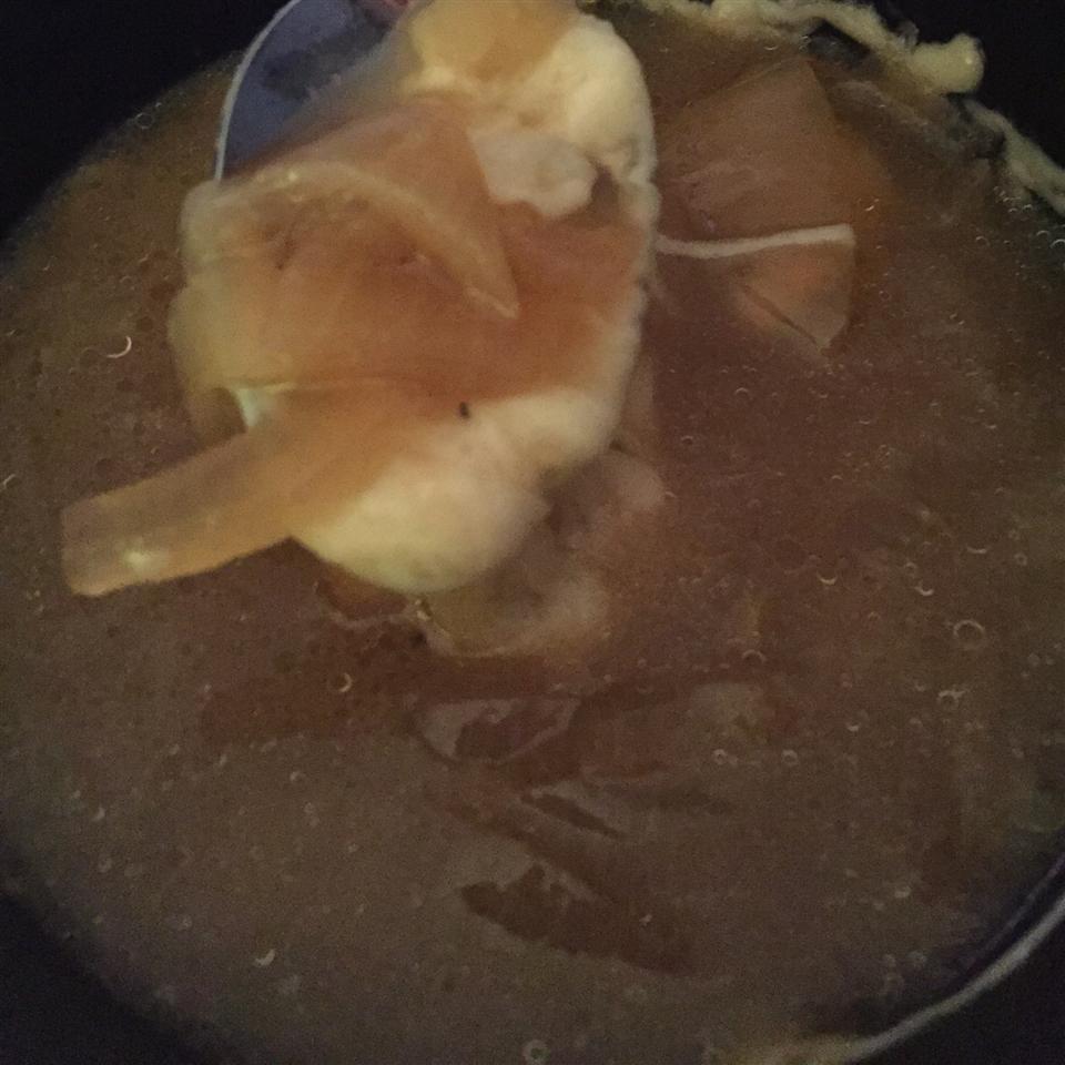 Receita de Sopa de Cebola Francesa (Panela Lenta)