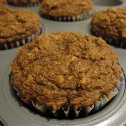 Muffins de abóbora de trigo integral com farelo de aveia e receita de linhaça
