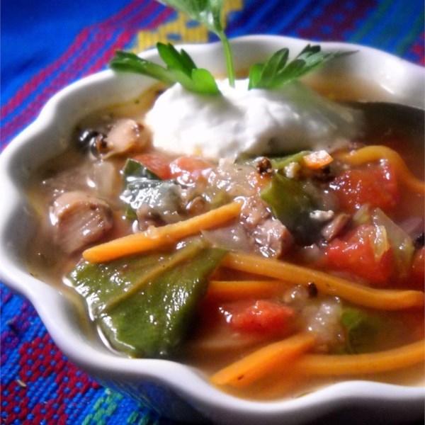 Receita de Sopa de Legumes Picantes e Cremosos