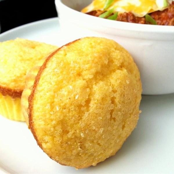 Receita fácil e doce de muffins de pão de milho