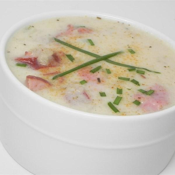 Receita de Sopa de Salsicha de Batata Cremosa