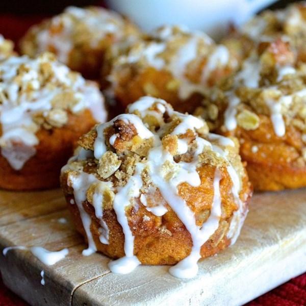 Muffins de especiarias skinny abóbora com receita de Streusel de Nozes