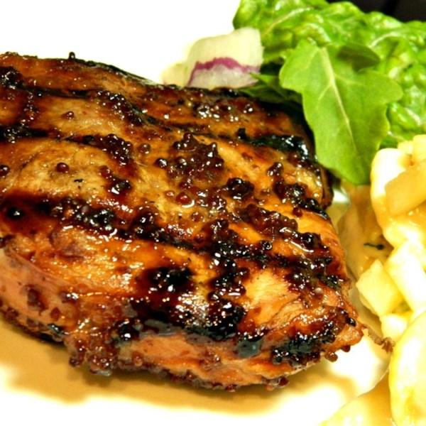 Receita de Costeletas de Porco Grelhadas Dijon