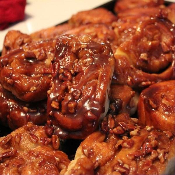 Receita de Pães Doces de Nozes de Caramelo da Vovó Stougaard