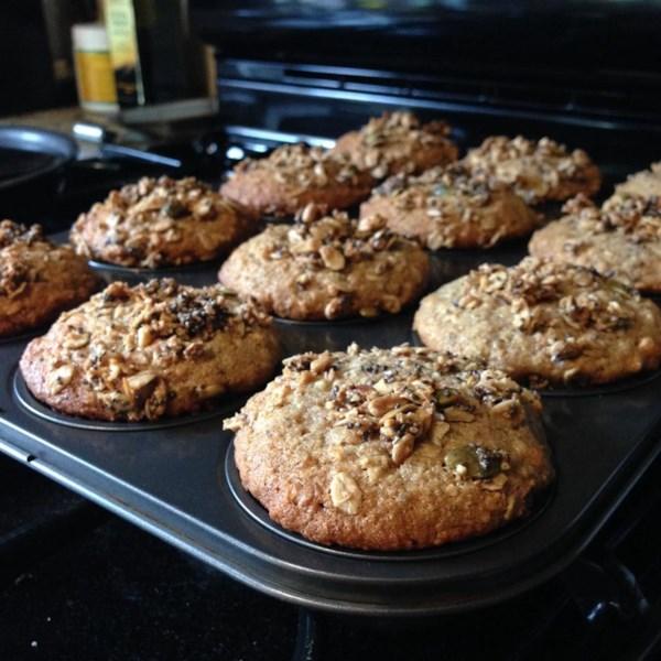 Muffins de aveia de banana com receita de creme de leite