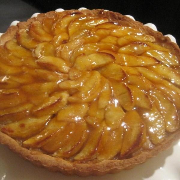 Receita de Torta de Maçã Francesa (Tarte de Pommes a la Normande)
