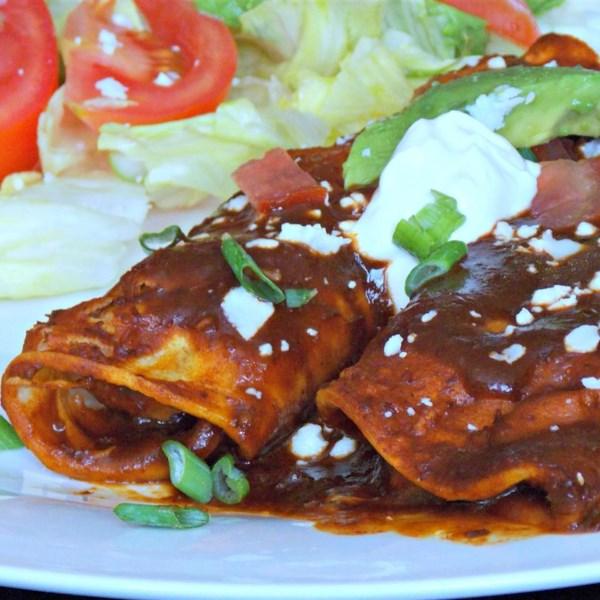 Receita de Enchiladas de Feijão Frito e Queijo