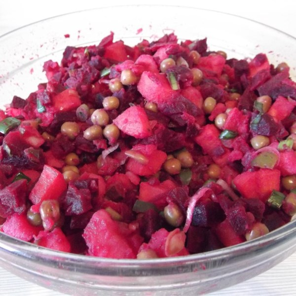 Receita ucraniana de vinagrete de salate (salada de beterraba)