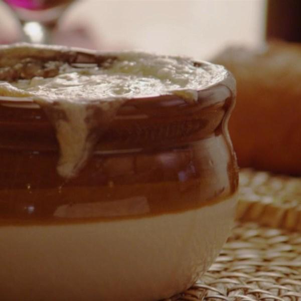 Receita de Sopa de Cebola Francesa I