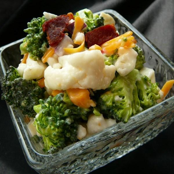 Receita de Salada de Couve-Flor de Brócolis do Bop