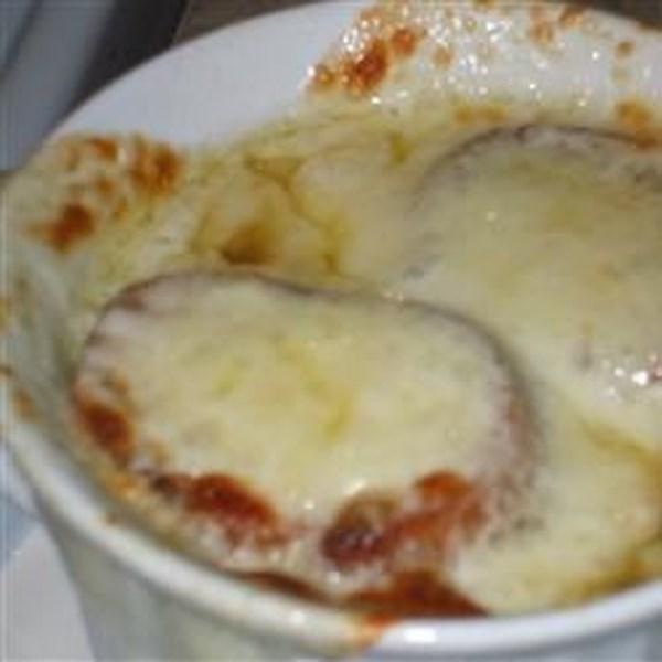 Receita de Sopa de Cebola Francesa estilo sulista