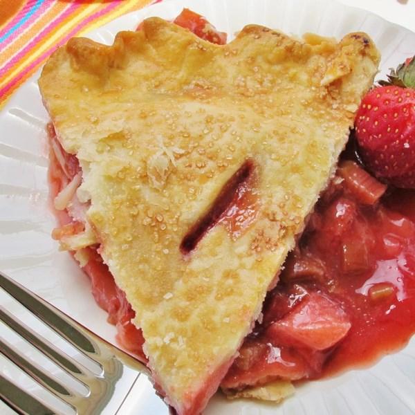 Receita de Torta de Ruibarbo de Morango de Renee'