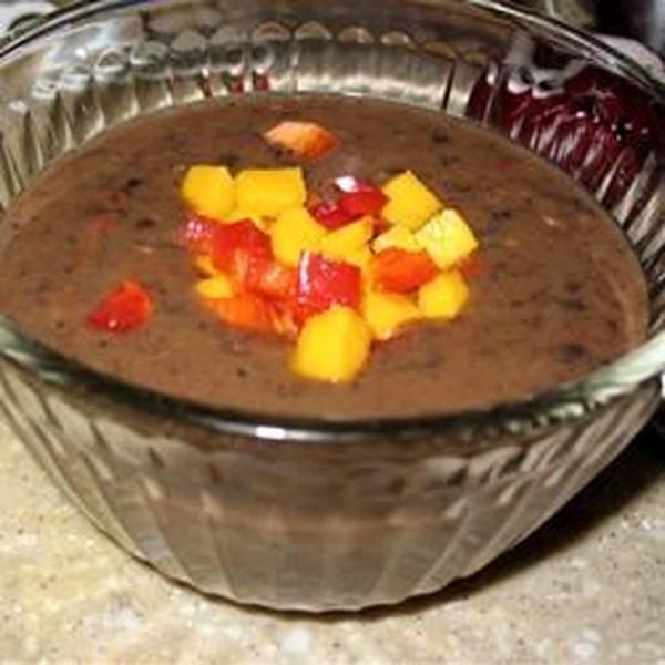 Receita de Sopa de Feijão Preto Calypso