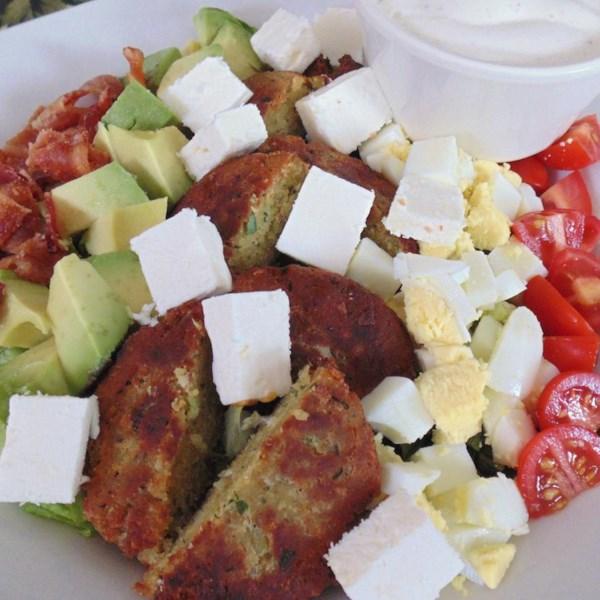 Receita de Salada de Cobb falafel