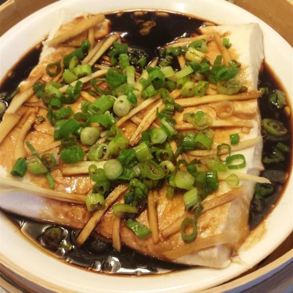 Peixe cozido no vapor com receita de gengibre