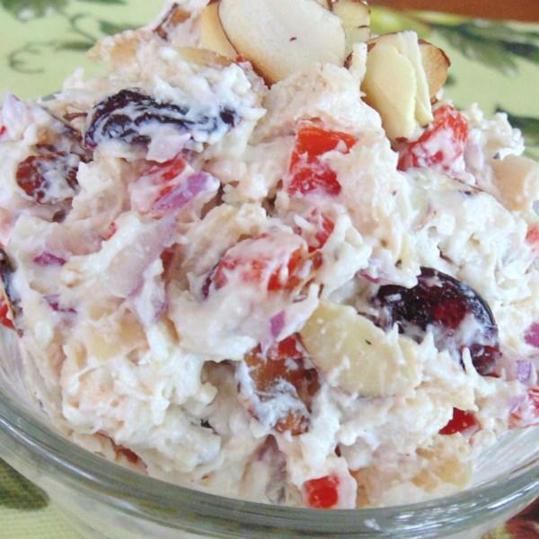 Receita de Salada de Frango Craisin(R), Amêndoa e Feta