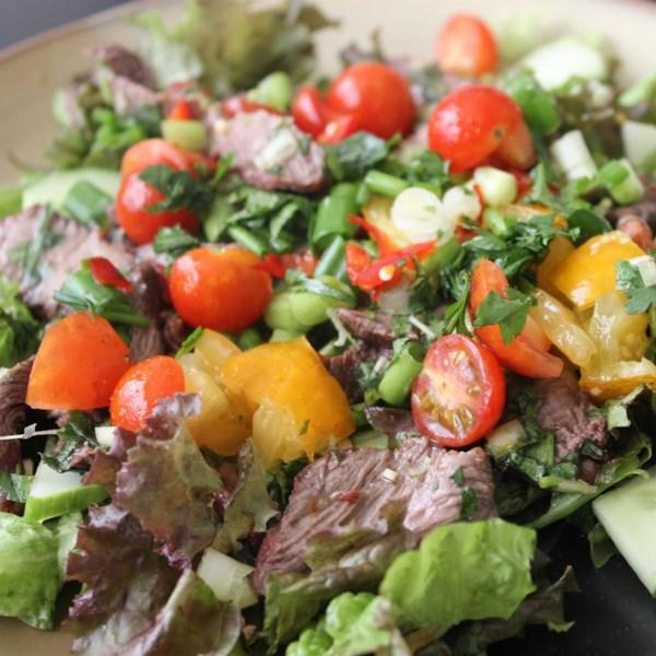 Receita de Salada de Carne Tailandesa