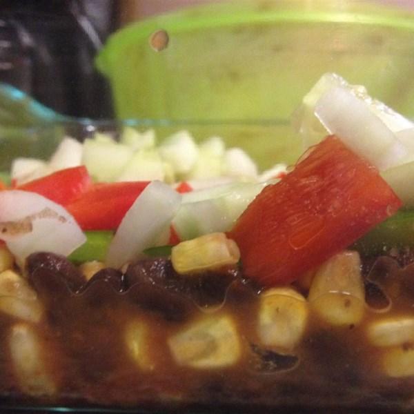 Receita lateral de feijão picante e salsa de milho