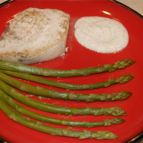 Peixe-espada de tomilho de limão com receita de aspargos