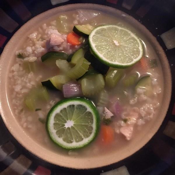 Receita de Sopa de Frango e Arroz Saudável
