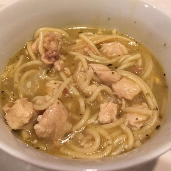 Sopa de Macarrão de Frango I Receita