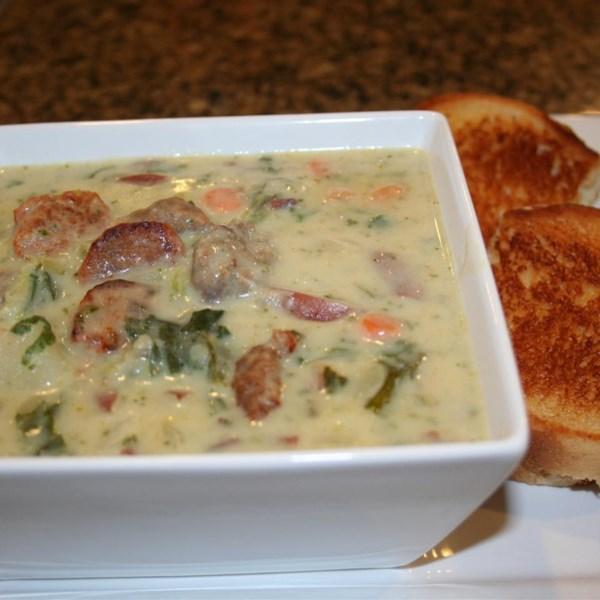 Receita de Creme de Batata com Chorizo e Sopa de Couve