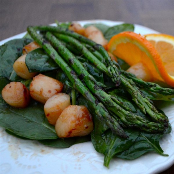 Receita de Salada de Vieiras e Aspargos