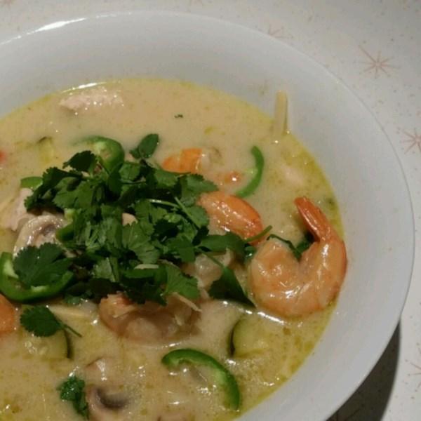 Receita de Sopa de Frango Tailandês Picante