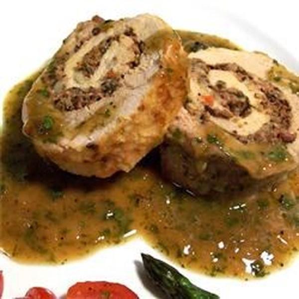 Lombo de Porco Assado Pan com uma Receita de Recheio de Queijo Azul e Azeitona