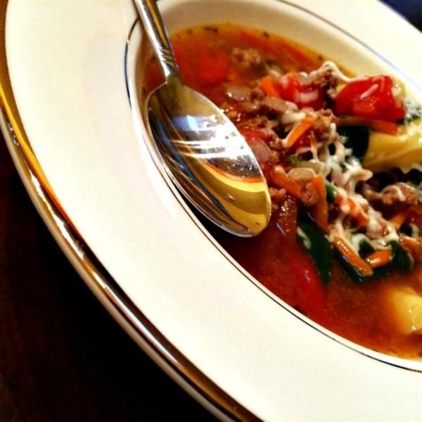 Receita de Sopa de Tortellini de Queijo e Salsicha