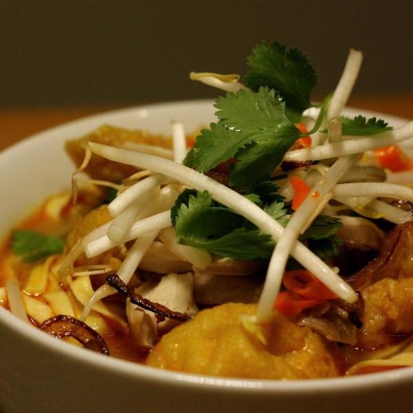 Receita rápida de sopa de curry vermelho