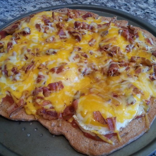 Receita de Pizza de Bacon e Salsicha do Café da Manhã
