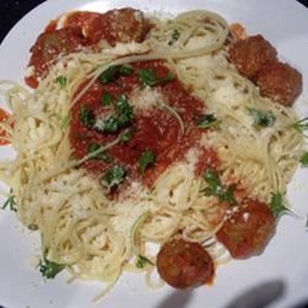 Receita de Almôndegas de Frango e Espaguete