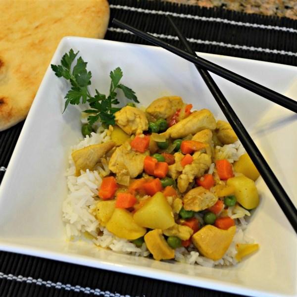 Frango curry amarelo com receita de arroz de jasmim