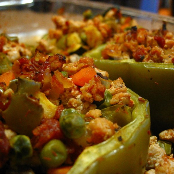 Receita de Pimentões Recheados com Peru e Legumes